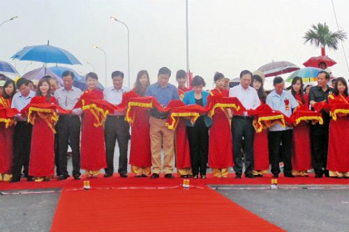 Chanh bridge on Highway 37 opens to traffic
